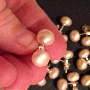 Jewelry - Japanese Akoya White Pearl Earrings